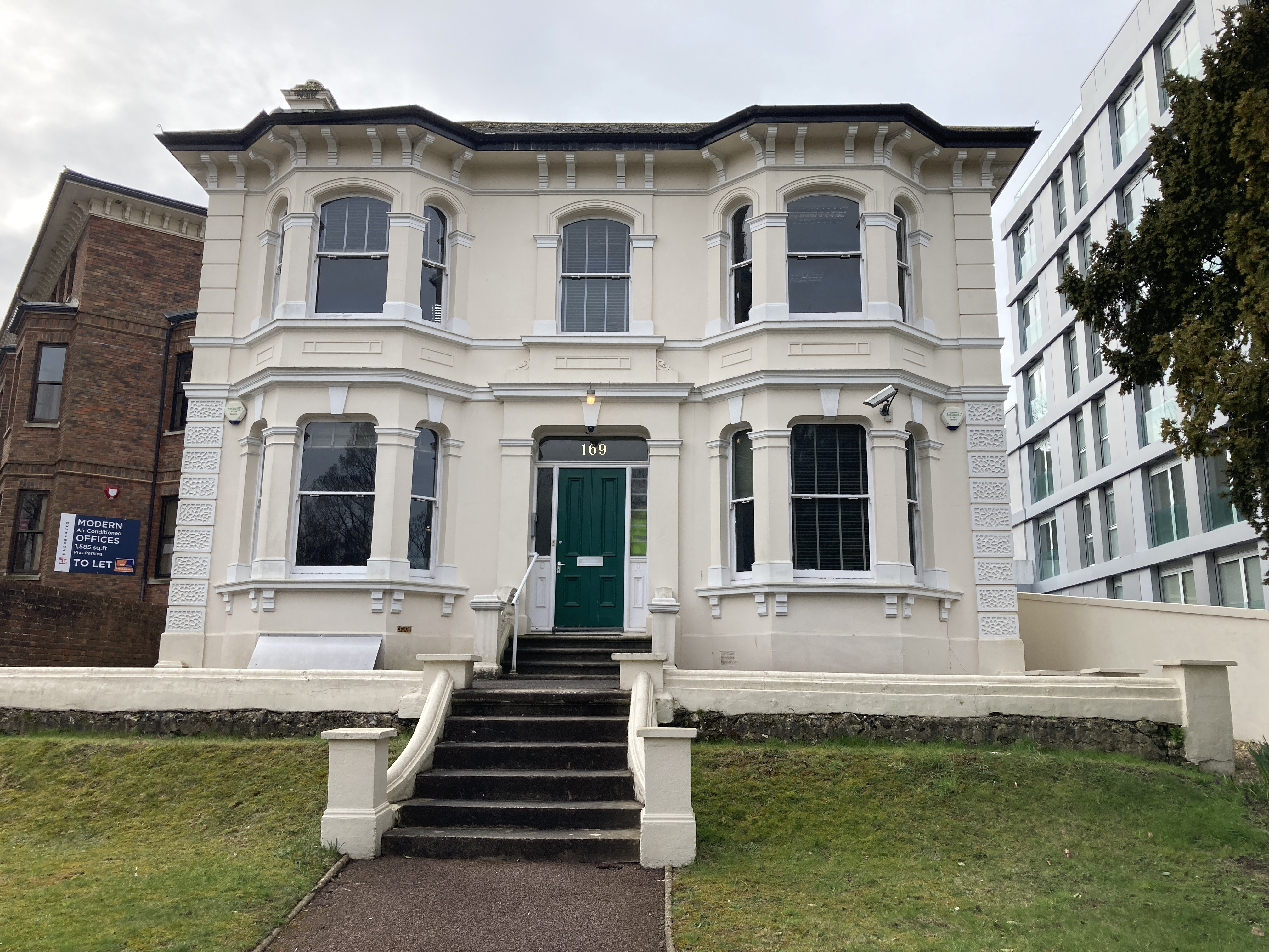 169 Preston Road Brighton image.