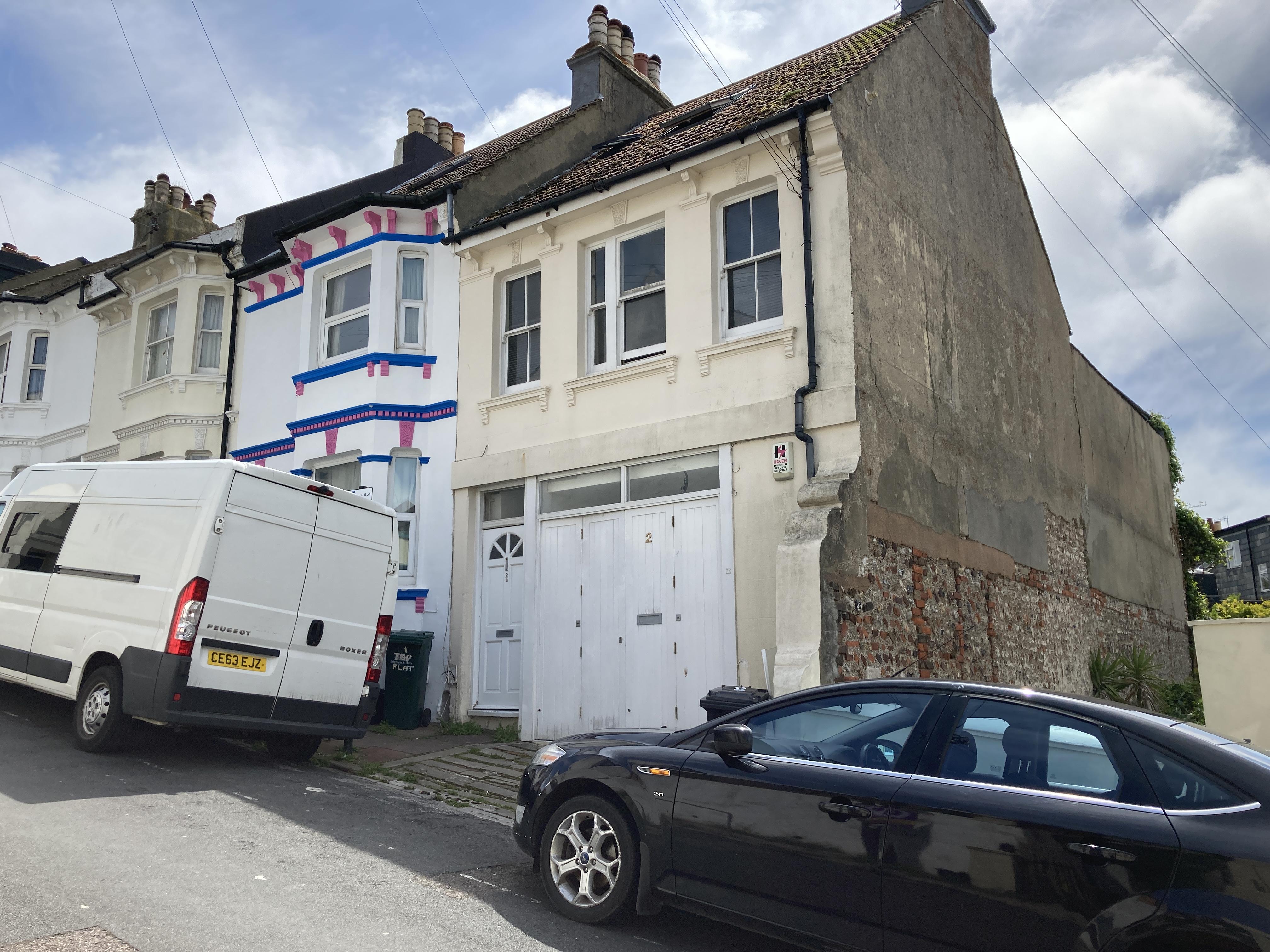 2 Roundhill Road Brighton image.