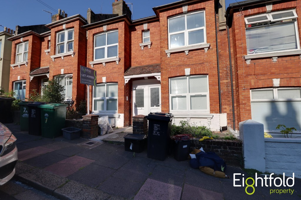 Totland Road, Brighton image.